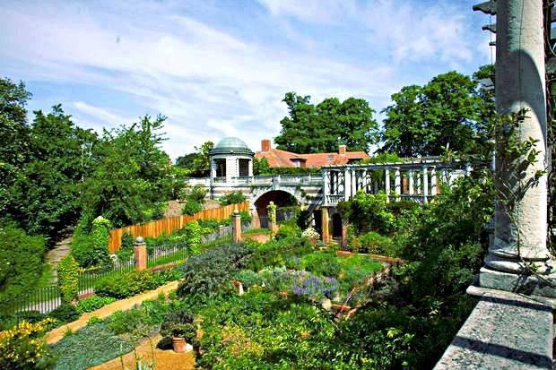 hill-garden-pergola-hampstead-londres-london-secret