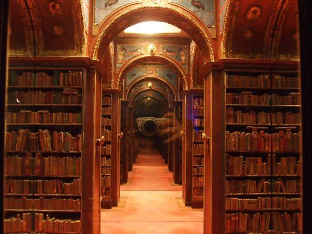 charles-matton-bibliotheque-trompe-oeil