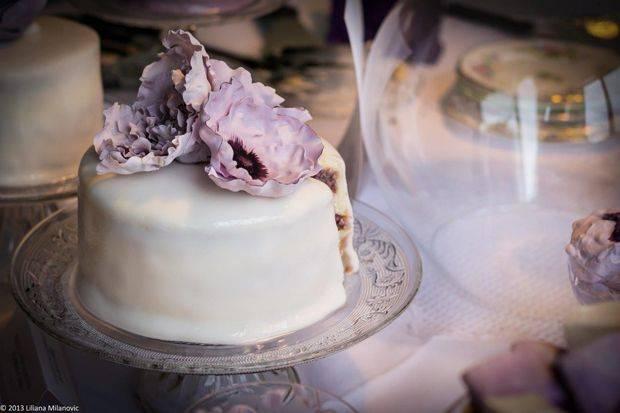 lady-violette-gateau-amande-fleur-d-oranger-©2013-liliana-milanovic