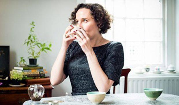 tea-lady-henriett-lovell-londres-the-experte