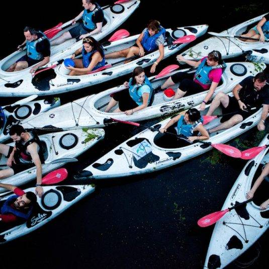 team-building-kayak-london