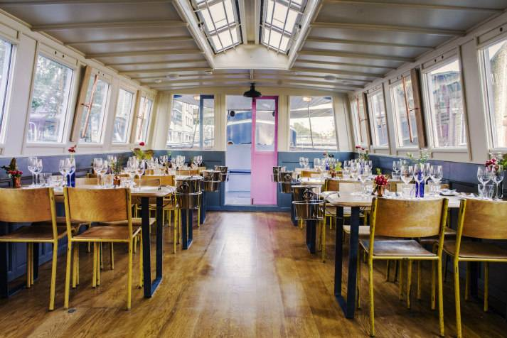 the-prince-regent-narrowboat-canal-london-shell-co-boat-interiors-4