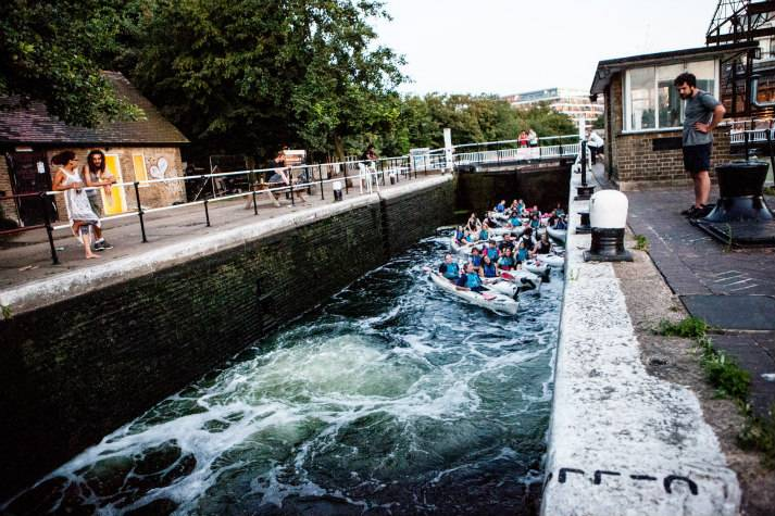london-incognito-bespoke-events-kayaking-on-londons-oldest-canal-passing-the-lock