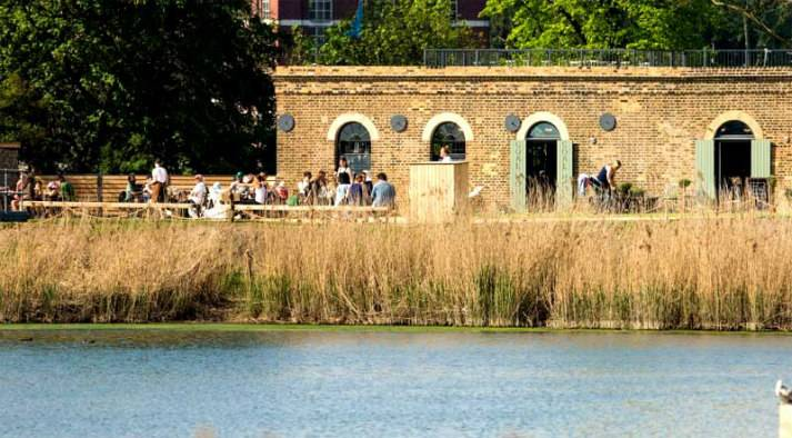 london-incognito-bespoke-events-nature-themed-evening-by-the-river