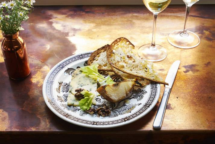 the-prince-regent-narrowboat-canal-london-shell-co-blue-cheese-and-pear