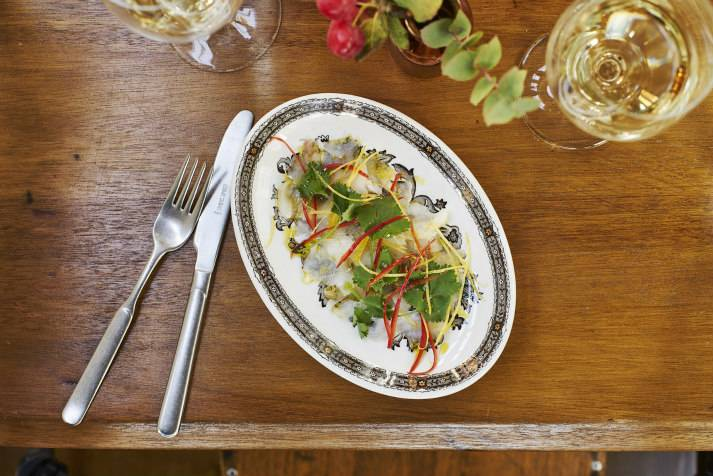 the-prince-regent-narrowboat-canal-london-shell-co-cod-cheek-ceviche-2